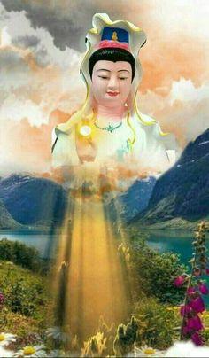 Buddha Zen, Gautama Buddha, Llama Violeta, Buddha Tattoos, Buddha Painting, Buddhist Art, Morning Images, Buddhism, Aurora Sleeping Beauty