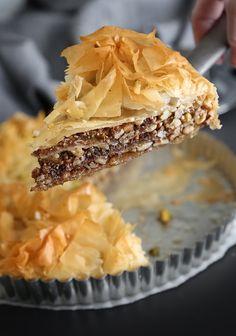 Salted Greek Honey Nut Pie Basically a baklava pie! Greek Desserts, Köstliche Desserts, Greek Recipes, Delicious Desserts, Dessert Recipes, Plated Desserts, Dessert Blog, Pie Dessert, Eat Dessert First