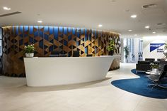CD UK and DuPont™ Corian® go with the flow in Wood Street