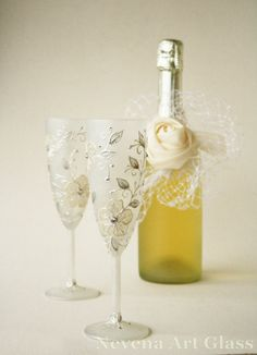 Wedding Glasses, Champagne Flutes, Hand Painted, Swarovski Crystals Set of 2 , White Flowers Glasses