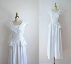 6831bb2332b2 Gräsmatta, Peplum, Vintage Outfits, Brudgummar, Pique