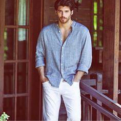 Can yamen ❤❤❤❤❤ Turkish Men, Turkish Actors, Beautiful Men Faces, Gorgeous Men, Sugar Baby Dating, Poses For Men, Beard Lover, Herren Outfit, Stylish Men