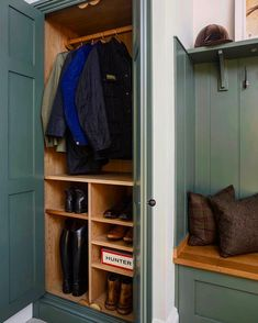 "18 Likes, 3 Comments - Lewis Alderson (@lewisaldersonkitchen) on Instagram: ""Boot Room - for everyday living #lewisalderson #bespoke #cabinetry #luxury #british #kitchen…"""