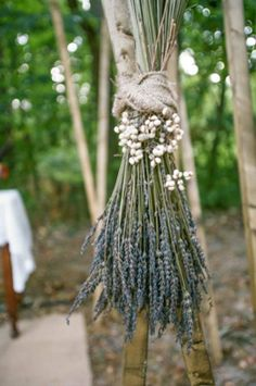 lavender-wedding altar-decor