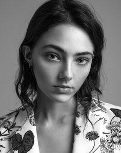 amelia-zadro represented by Wilhelmina International Inc.