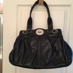 Coach Purse Leather coach purse. No stains or marks on bag. In great condition. Coach Bags