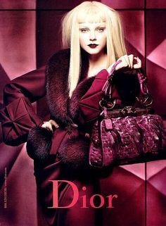 #DiorWomenbag #Diorlover #FashionDesignerbag #Topqualityluxury #Fashionblogger #FashionDiaries #LuxuryLife #TodayIamwearing #Fashionable #InstaStyle #Chanelbag #Diorhandbag #Guccibag #LVhandbag #Celinebag #Hermeshandbag #Burberrybag #YSLhandbag #Valentinobag #Pradabag #Photooftheday  #luxurybagSingapore #luxurybagAmerica #luxurybagBrazil #Luxurysuppliers@gmail.com