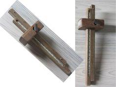 Dubbel Kruishout Tools, Instruments