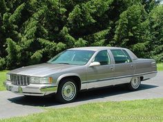 1996 Cadillac Fleetwood Brougham. Just like the one I had, miss that car