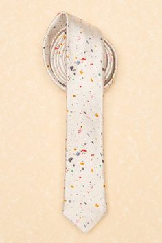 Confetti tie. This would be an easy and fun Father's day gift for the kids to make!