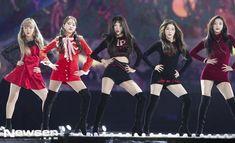 (Wendy, Yeri, Seulgi, Irene and Joy) Seulgi, Kpop Girl Groups, Korean Girl Groups, Kpop Girls, Wendy Red Velvet, Red Velvet Irene, Park Sooyoung, Stage Outfits, Boy Outfits