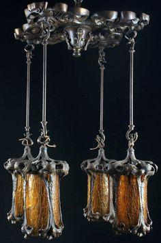 Art Nouveau - Lustre - Bronze et Verre 'Ambre' - Vers 1900