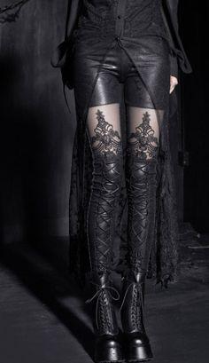 Leggings noir avec décoration et dentelle punk rave K-144