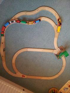 Brio Track Train Miniature, Wooden Train, Brio, Train Tracks, Model Trains, Layouts, Ideas, Design, Model Train