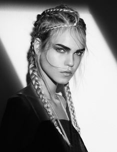 """Cornrow's knitting trend: What is it, how is it made? Everything you want to know about the """"Cornrow"""" braids is here! We can not stop the trend of braided hairstyles ! Romantic Hairstyles, Side Hairstyles, Braided Hairstyles, Beauté Blonde, Blonde Beauty, Hair Beauty, Beauty Makeup, Elegance Hair, Pelo Editorial"""