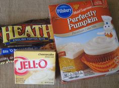Pumpkin Cake Mix Cookies 1 box Pillsbury Perfectly Pumpkin cake mix 1 small box instant cheesecake pudding mix cup vegetable oil 2 eggs 1 cup Hershey's Heath Toffee Bits, divided minutes Toffee Cheesecake, Cheesecake Pudding, Cheesecake Cookies, Cake Mix Cookies, Pumpkin Cheesecake, Yummy Cookies, Toffee Cookies, Cake Mix Recipes, Cookie Recipes