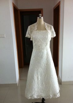 Custom Made A-line White Lace Tea Length Wedding Dresse For Brides / Reception Wedding Dresses With Jacket DIB106005
