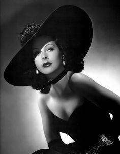 Hedy Lamarr - She was so beautiful!