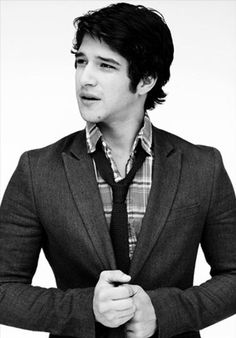 5. Tyler Posey     Born on: Oct 18,1991  Hottest Teen Celebrity because: he's an onscreen werewolf who'd love to be a rockstar! What an amazing combination.