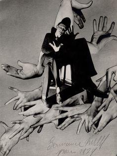 realityayslum:Germaine KrullPol Rab (illustrateur), 1930(Germaine Krull Exhibition at the Jeu de Paumefrom 02 June 2015 until 27 September 2015 Paris)