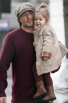 """Cue a chorus of """"awws"""" now! This might be the most adorable photo ever taken of David Beckham and his little bundle of joy, Harper. The father-daughter pair made hearts melt as they walked around west London cheek-to-cheek in complementary outfits on Dec. David Beckham Daughter, David Beckham Family, David Beckham Style, Vic Beckham, Harper Beckham, Miranda Kerr, Baby Girl Fashion, Kids Fashion, Cute Kids"""