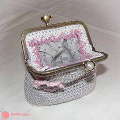 Monederos boquilla metalica (1) gris y rosa ganchillo
