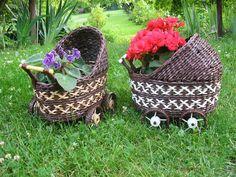 Cărucioare decorative din tuburi de ziar (1)