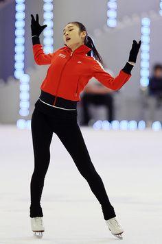 https://flic.kr/p/wPyRmy   Festa On Ice 2010 / Figure Skating Queen YUNA KIM