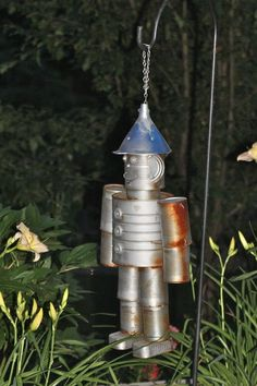 I am SOOOOO making my own robot man for the garden.  Just too neet! eclectic landscape Debbie Welch