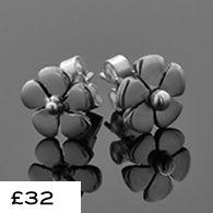 Flower earrings in stock! #jewellery #lwsilver #wedding #earrings #handmade #flower