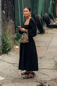 Street Style Blog, Looks Street Style, Looks Style, Fashion Week, Look Fashion, Fashion Outfits, Womens Fashion, One Piece Dress Long, Banquet Dresses