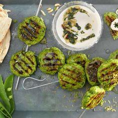 Oggi si griglia a casa!   Migusto Bratwurst, Chimichurri, Halloumi, Pulled Pork, Avocado Toast, Sprouts, Yogurt, Vegetables, Breakfast