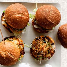 crab cake sliders with spicy mayo  Bar Food Recipes - Homemade Gastropub Foods - Delish.com