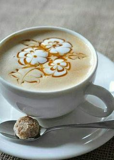 The Most Satisfying Cappuccino Latte Art - Coffee Brilliant Cappuccino Art, Coffee Latte Art, Cappuccino Machine, Coffee Cafe, Coffee Drinks, Coffee Shop, La Coffee, Coffee Company, Coffee Lovers