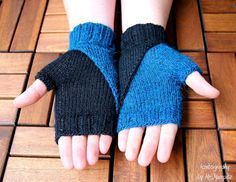 Fingerless Mittens knitting pattern, wristers knitting pattern PDF download, suitable for advanced beginners, eye catcher, diy holiday gift