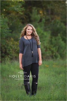 Backlight Senior Portraits, Natural Senior Photography, Senior Glam Posing, Head Shots, Senior Posing, Fresh Senior Pics, Rainy Day Portraits, Holly Davis Photography | The Woodlands, TX