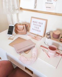 Home office chic work desk 18 Ideas Home Office Design, Home Office Decor, Home Design, Home Decor, Work Desk Decor, Pink Office Decor, Office Designs, Library Design, My New Room