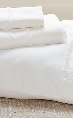 Treat yourself: that chic, playful fringe detail unique to our Fringed Hem Sheet Set is the little something extra you never expected to find.