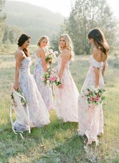 Floral Bridesmaid Dresses For A Boho Wedding Bridesmaid Dresses Floral Print, Summer Bridesmaid Dresses, Wedding Dresses, Floral Dresses, Hair Wedding, Red Wedding, Wedding Season, Wedding Makeup, Boho Wedding