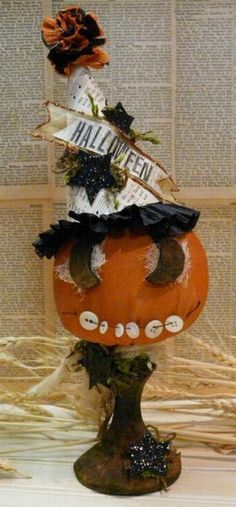 Halloween grubby Grinning Pumpkin E PATTERN email primitive party hat crepe paper NEW 2009 vintage like doll
