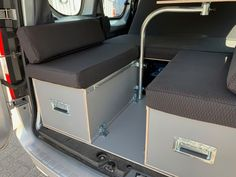 MICA Camperbox met zit, keuken en bed module! - 3DotZero Automotive BV Volkswagen Caddy, Berlingo Camper, Kangoo Camper, Minivan Camping, Van Home, Chevy Van, Mini Camper, Stainless Steel Sinks, House On Wheels