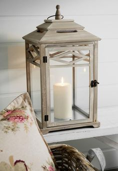 western chic bedroom | light # candle # lantern