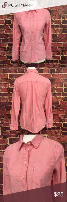 """Madewell Pink Chambray Button Down This is a super cute pink chambray shirt! This is a very stylish piece that is high quality. It is from Broadway and Broome which is a high end in-house brand sold at Madewell. Fitted. Not stretchy. In perfect preowned condition with no damage or signs of wear. 36"""" bust. 35"""" natural waist. 39"""" hips. 23"""" long. 24"""" sleeves. 100% cotton. Madewell Tops Button Down Shirts"""