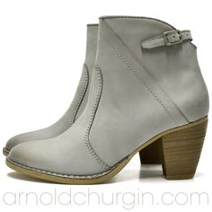 Arnold Churgin Rizma #2colors #fashioncanada #styleblogger #ankleboots #bootlove Ankle Boots, Booty, Beautiful, Shoes, Fashion, Ankle Booties, Moda, Swag, Zapatos