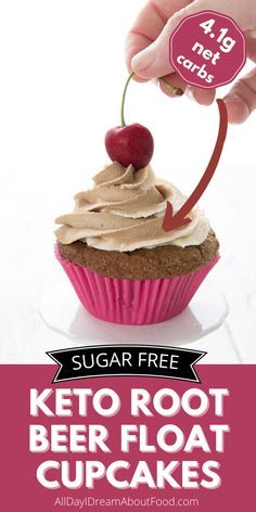 Nothing says summer like a root beer float! But how about some keto root beer float cupcakes? They're fun to make and they taste just like summer in a healthy low carb cupcake. Sugar Free Cupcakes, Beer Cupcakes, Low Carb Cupcakes, Cupcake Cakes, Ketogenic Desserts, Keto Friendly Desserts, Low Carb Desserts, Fun Baking Recipes, Healthy Baking