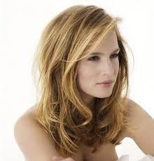 coiffure femme mi long cheveux epais