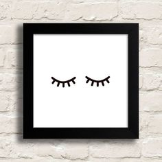 Quadro Olhinhos - Encadreé Posters. Encontre a arte perfeita para sua decoração na Encadreé Posters.  Palavras-chave: parede decorada, parede de quadros, posters, quadros, decor, decoração, presentes criativos, arte, ilustração, decoração de interiores, decoração criativa, quadros decorativos, posters com moldura, quadros modernos, decoração moderna, quadros tumblr, olhos fechados, minimalista