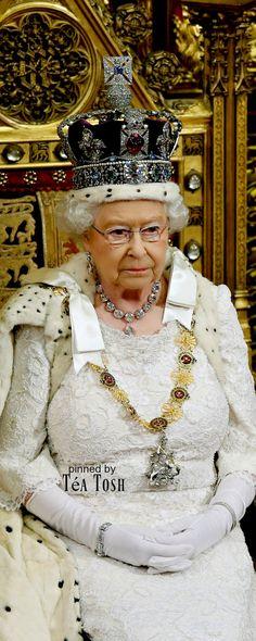 ❇Téa Tosh❇ Queen Elizabeth
