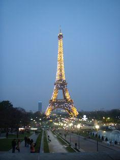 Paris Tower, Paris, Building, Travel, Rook, Montmartre Paris, Viajes, Computer Case, Buildings