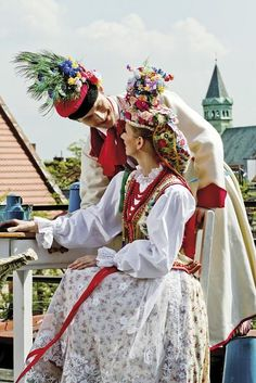 Wedding costumes - Kraków, Poland     http://24.media.tumblr.com/tumblr_m48l4zR5Aq1rwudbco1_500.jpg